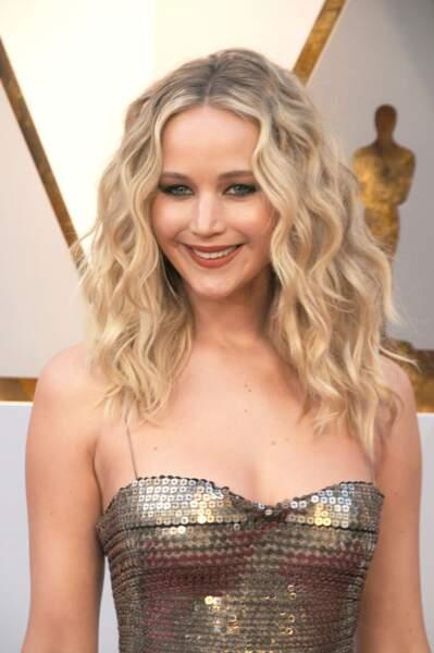 les longueurs très bouclés de Jennifer Lawrence