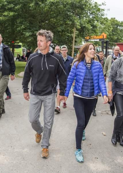 Le prince Frederik et la princesse Mary de Danemark arrivent au festival Roksilde, le 3 juillet 2014.