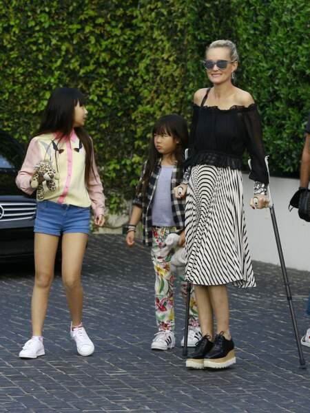 Johnny Hallyday avec sa femme Laeticia, leurs enfants Jade et Joy, Eliette (la grand-mère de Laeticia),