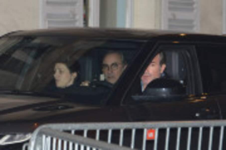 Jean Dujardin auprès de Laeticia Hallyday à Marnes La Coquette