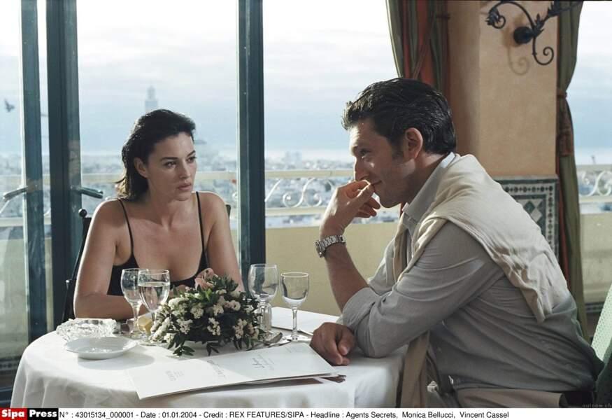 Monica Bellucci et Vincent Cassel dans Agents Secrets en 2004