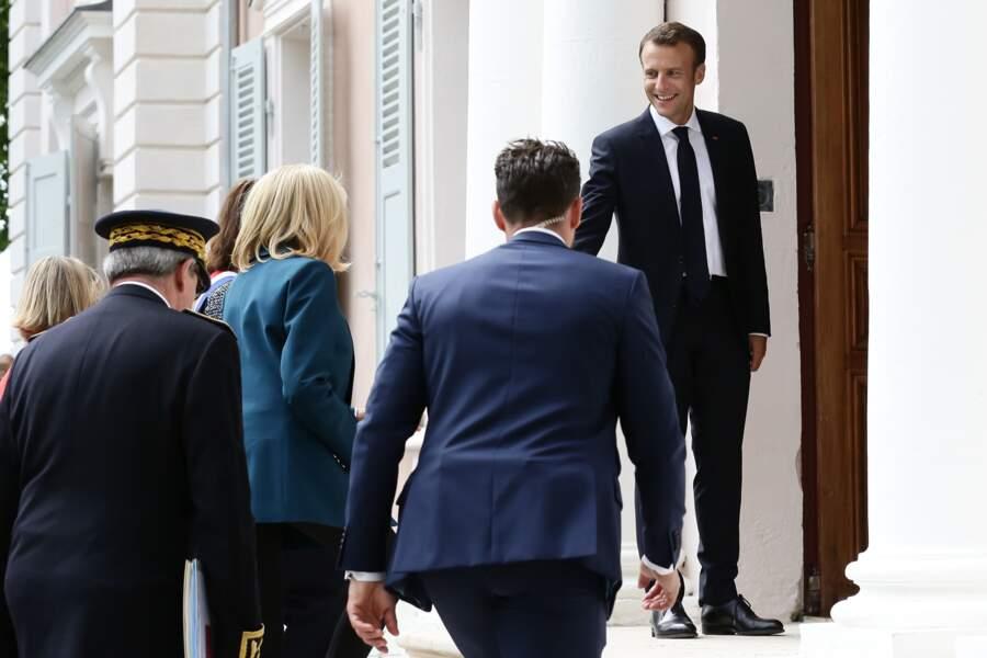 Brigitte Macron en bleu canard chic