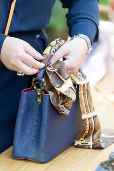 Atelier pliage pour les équipes Louis Vuitton : une nouvelle manière de s'approprier le sac Capucines.