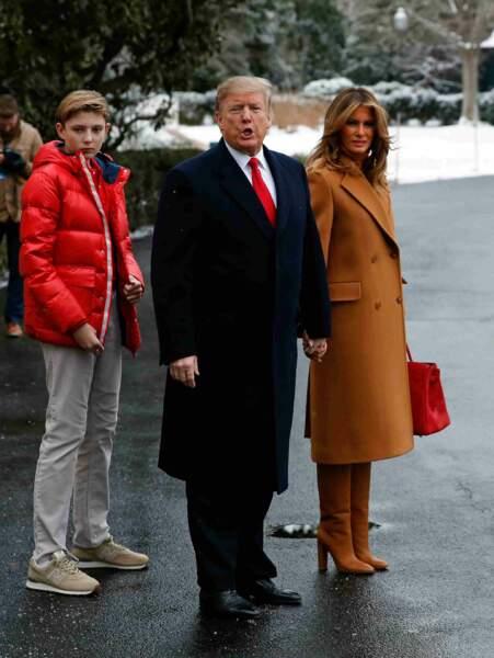 Donald, Melania et Barron Trump ont décollé de la Maison Blanche à bord d'un hélicoptère