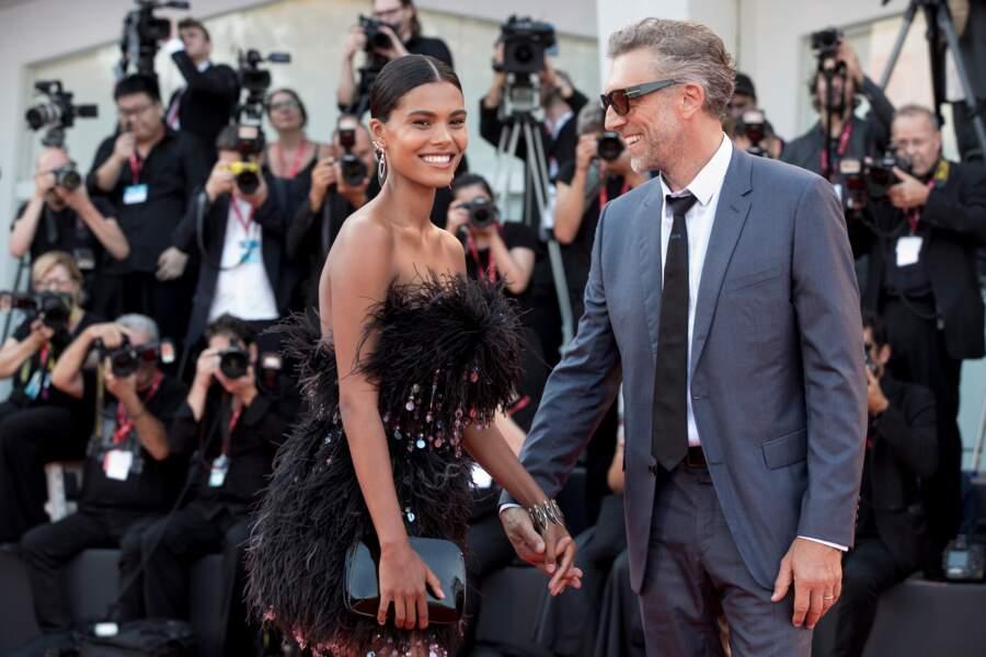 Tina Kunakey, en Armani and Vincent Cassel, en Dior, font le buzz sur le tapis rouge, élégants et décontractés