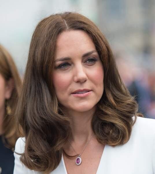 Kate Middleton s'est coupée les cheveux début juillet, du coup, ses reflets ressortent en plus qu'avant