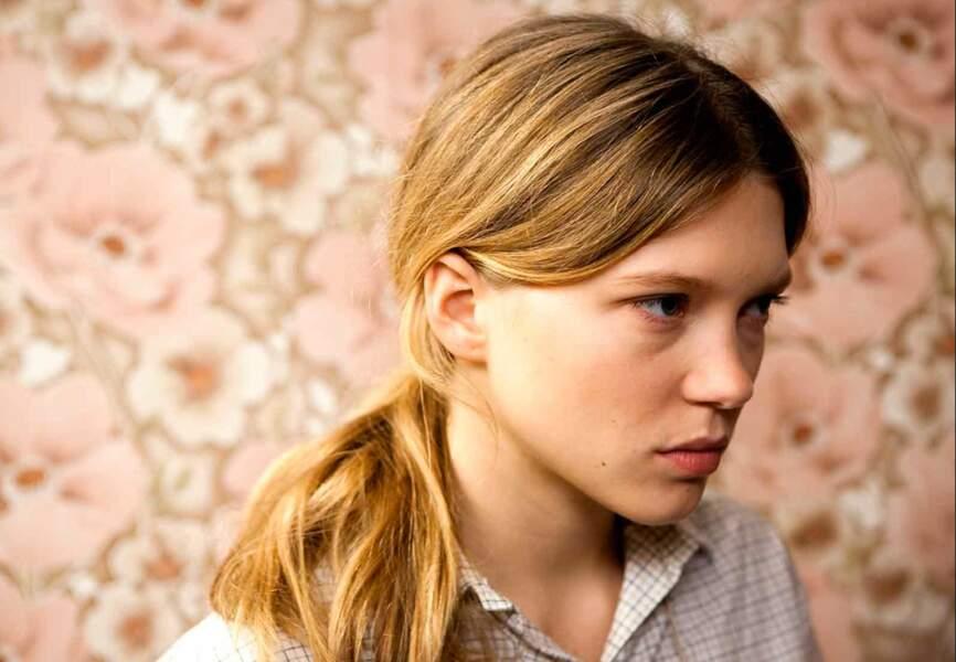 """La même année, l'actrice joue dans """"La Belle Epine"""" aux côtés d'Anaïs Demoustier"""