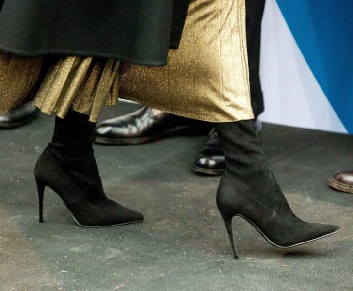 Letizia d'Espagne avec une paire de bottes noires signées Magrit