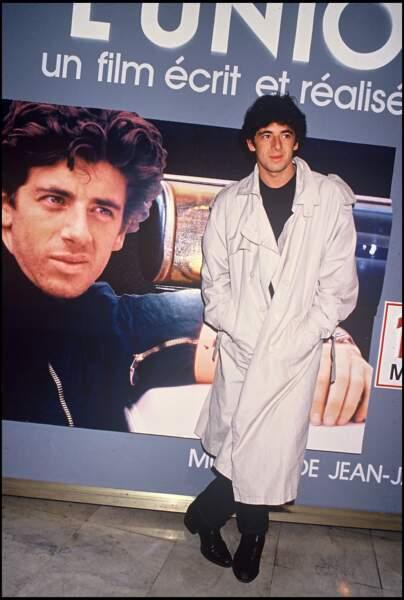 """Patrick Bruel à l'avant-première du film """"L'Union Sacrée"""" en 1989"""