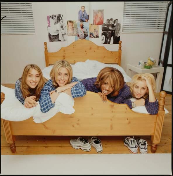 Le poster officiel des All Saint-au lit