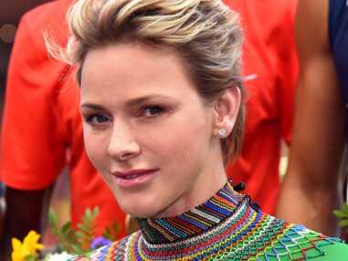 PHOTOS - Charlène de Monaco, son beauty look rock et glam