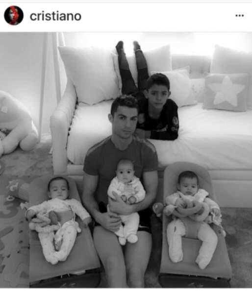 Cristiano Ronaldo et ses 4 enfants