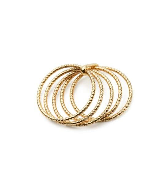 Bague multiple, 12,99 €, Mango.