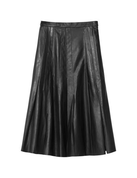 Western, jupe plissée en cuir, 199 € (H&M Studio).
