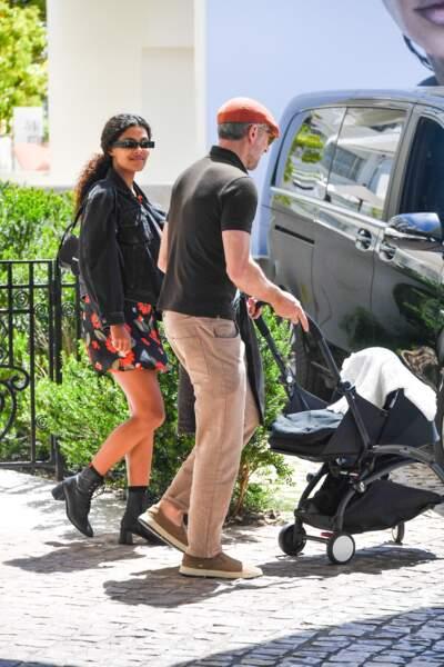 Tina Kunakey et Vincent Cassel se sont rendus en famille, avec leur fille Amazonie, à Cannes