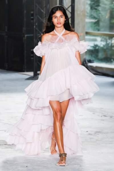 """La robe de bal sublime de Giambattista Valli"""""""