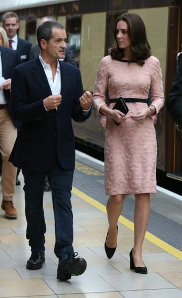 Kate Middleton était en gare de Paddington ce lundi 16 octobre