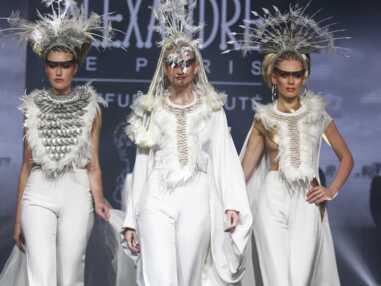 Les extraordinaires coiffures du défilé Alexandre de Paris