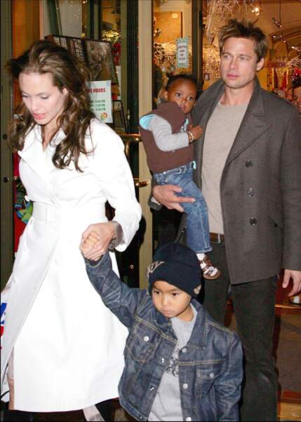Brad Pitt, Angelina Jolie, Maddox et Zahara à New York en 2006