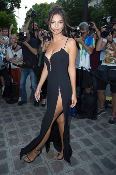 Emily Ratajkowski, pour la Vogue Party le 4 juillet