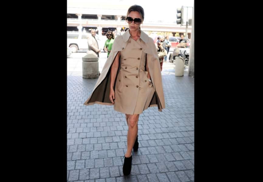 La robe cape de Victoria Beckham