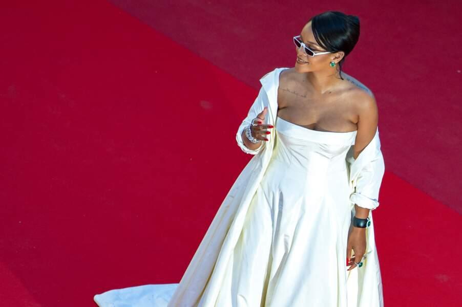 Rihanna en robe Christian Dior, au Festival de Cannes le 19 mai 2017