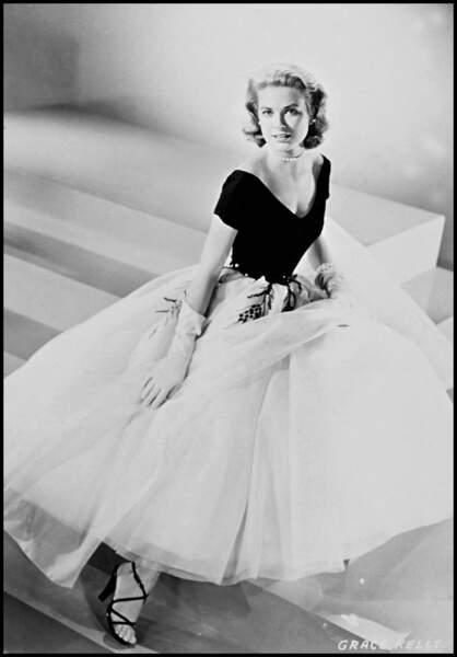 Grace Kelly pour le film Fenêtre sur cour, sorti en 1954
