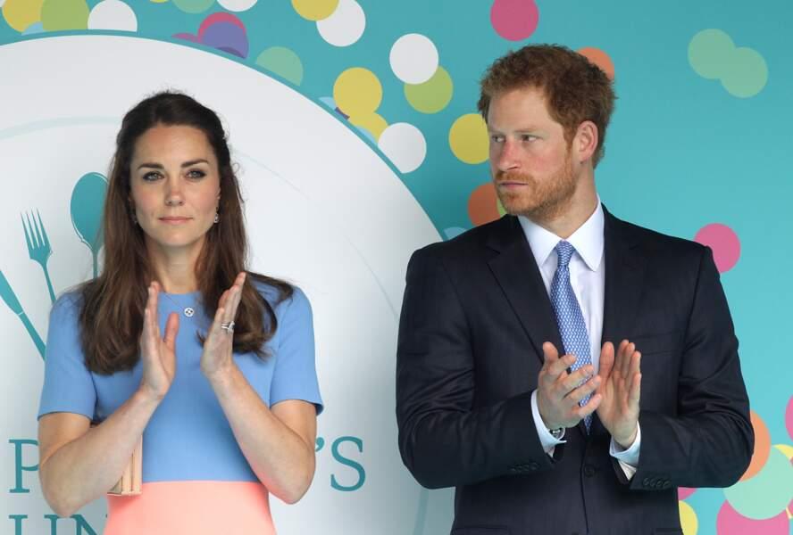 Quand Kate ne sourit pas, Harry s'inquiète pour elle