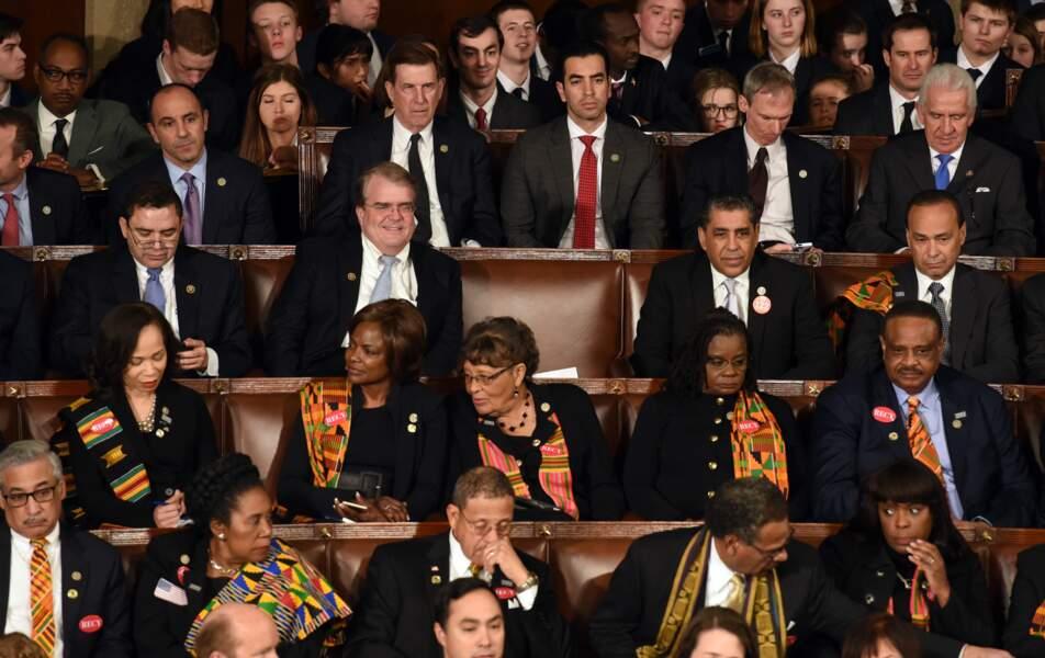 La tenue de Melania tranchait avec celles des autres femmes, en noir pour soutenir le mouvement Time's Up.