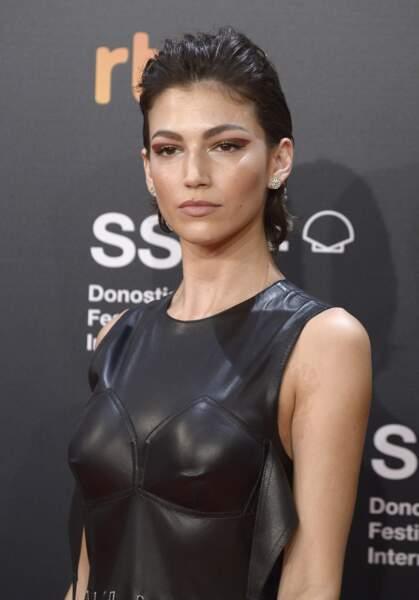 La belle espagnole Ursula Corbero, sexy à souhait lors de l'ouverture du festival du film de San Sebastian.