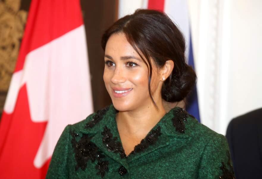 Meghan Markle affiche un teint lumineux de femme enceinte