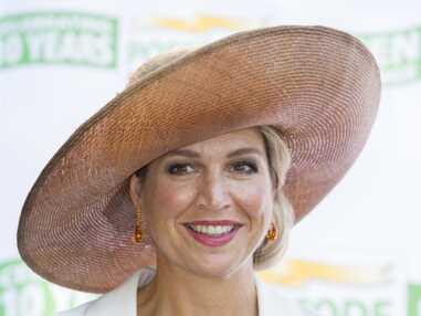 La reine Maxima recycle son chapeau fétiche