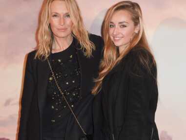 Estelle Lefébure et Emma Smet, mère et fille très en beauté pour une belle soirée