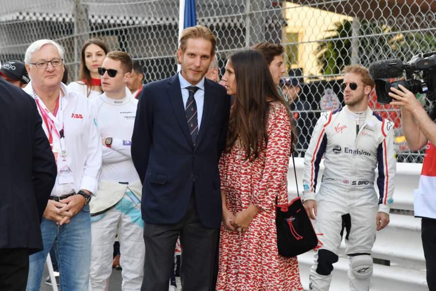 Andrea Casiraghi, le fils de Caroline de Monaco, a opté pour un costume bleu nuit ce 11 mai