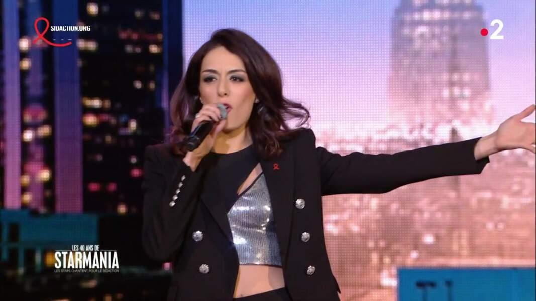Sofia Essaïdi portait exactement le même haut que Jenifer le même soir, mais sur France 2