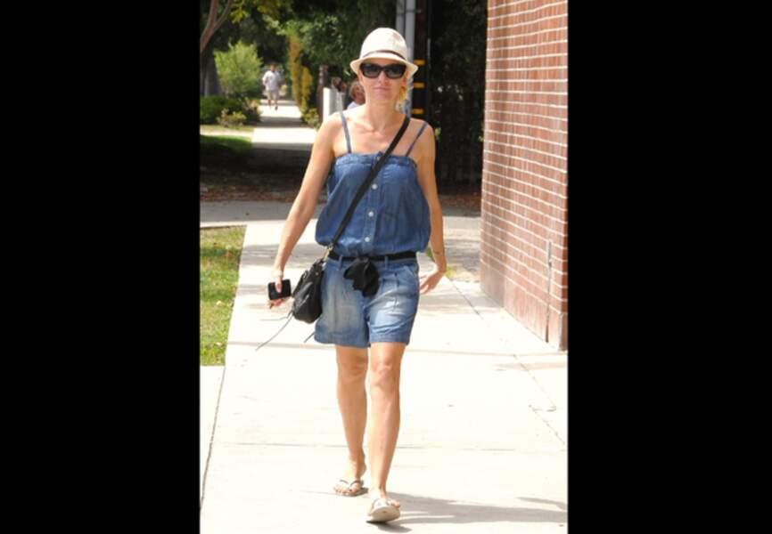 Naomi Watts, jean décontracté