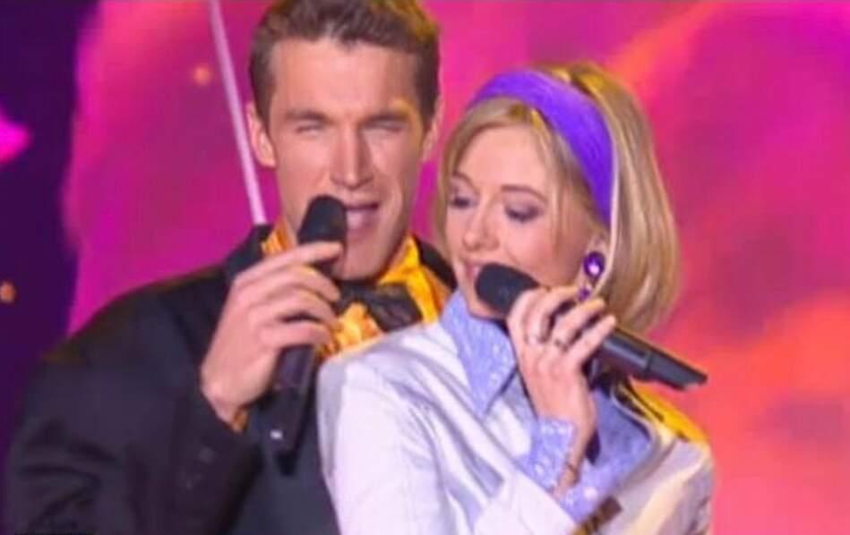 Benjamin Castaldi et Flavie Flament pendant l'émission télé les P'tits Princes sur TF1 où ils se sont rencontrés