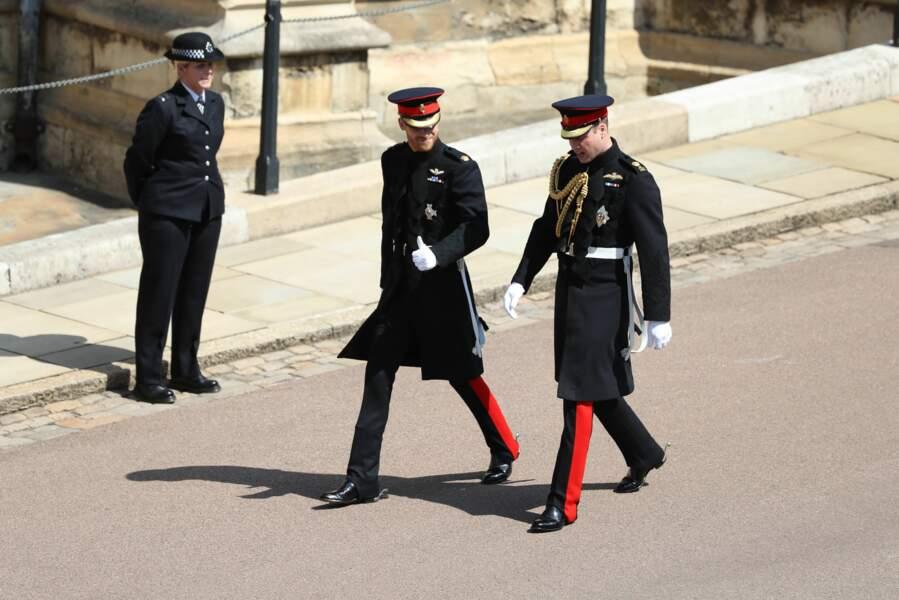 Les princes William et Harry en la chapelle Saint-George de Windsor
