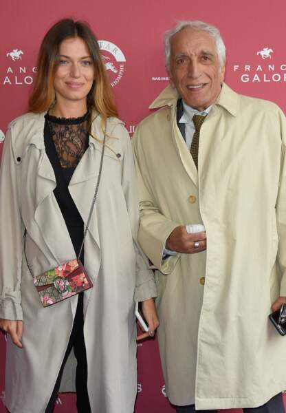 Sarah Darmon, 23 ans, est la fille de Gérard Darmon et de l'actrice Mathilda May.