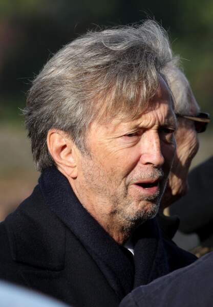 Eric Clapton aurait surement préféré que la presse ne l'accuse pas de délaisser son demi-frère SDF
