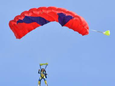 PHOTOS - Vaimalama Chaves fait des acrobaties aériennes en Vendée