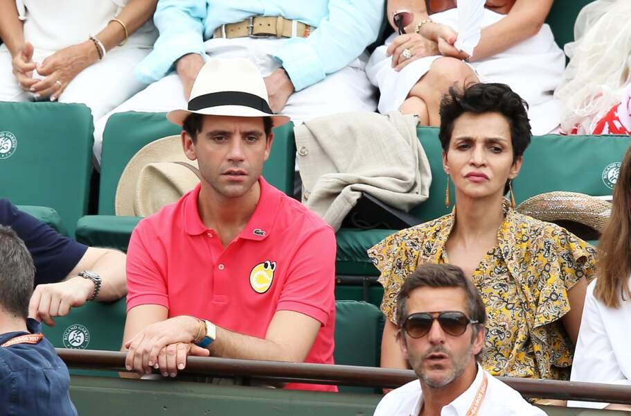 Mika de The Voice et Farida Khelfa - People dans les tribunes lors de la finale homme de Roland-Garros