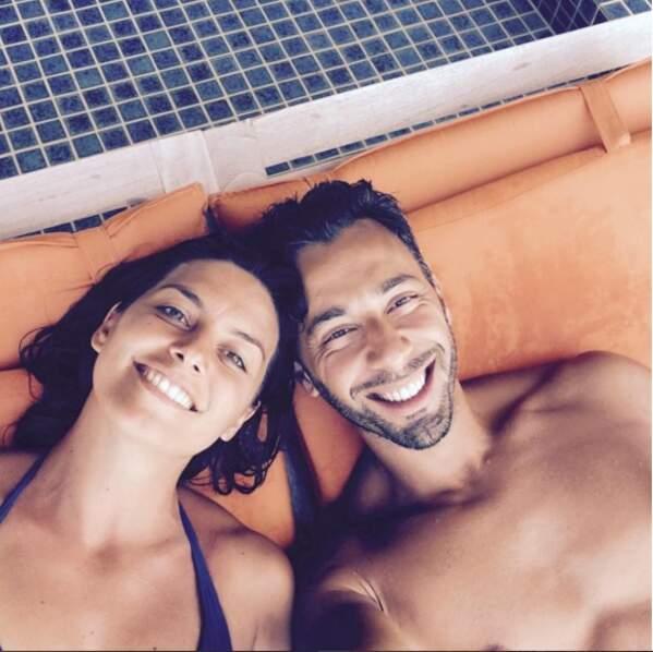 Le couple a pris de belles vacances sous le soleil