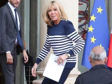 PHOTOS – Pour la première fois, Brigitte Macron apparaît en marinière
