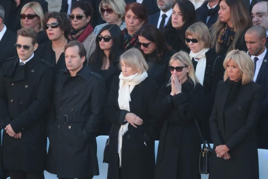 Nicolas, Mischa, Ulla, Katia très émue et Brigitte Macron lors de l'hommage national à Charles Aznavour