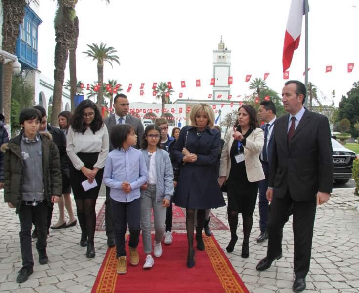Brigitte Macron, férue de culture, a visité le musée du Bardo à Tunis