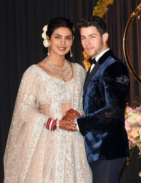 Costume brocard pour Nick Jonas pour l'une de ses nombreuses tenues de marié avec Priyanka Chopra en 2018