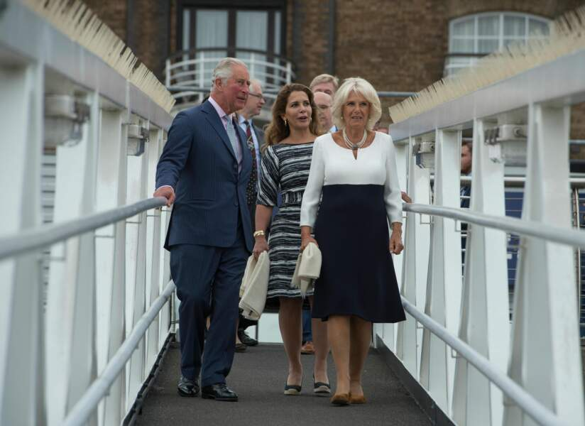 Jeu de contrastes noir et blanc pour sa visite du Maiden Yacht, à Londres, le 5 septembre.