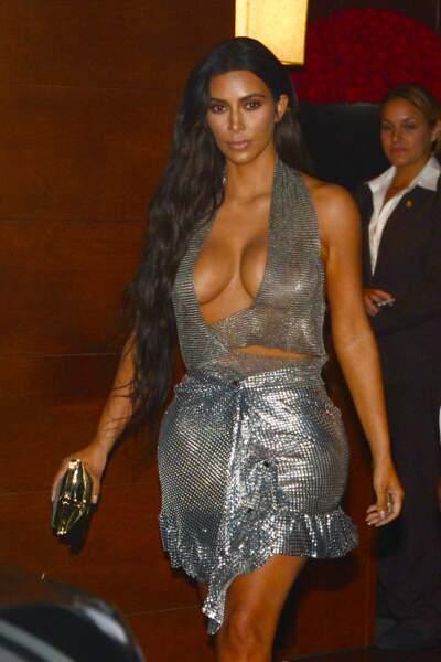 Xena la guerrière est de retour ? Non, Kim Kardashian est de sortie.
