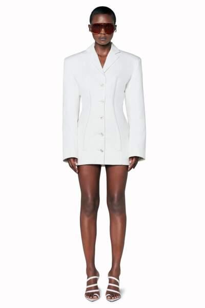 Une robe blazer de la collection Fenrty déjà portée par Rihanna